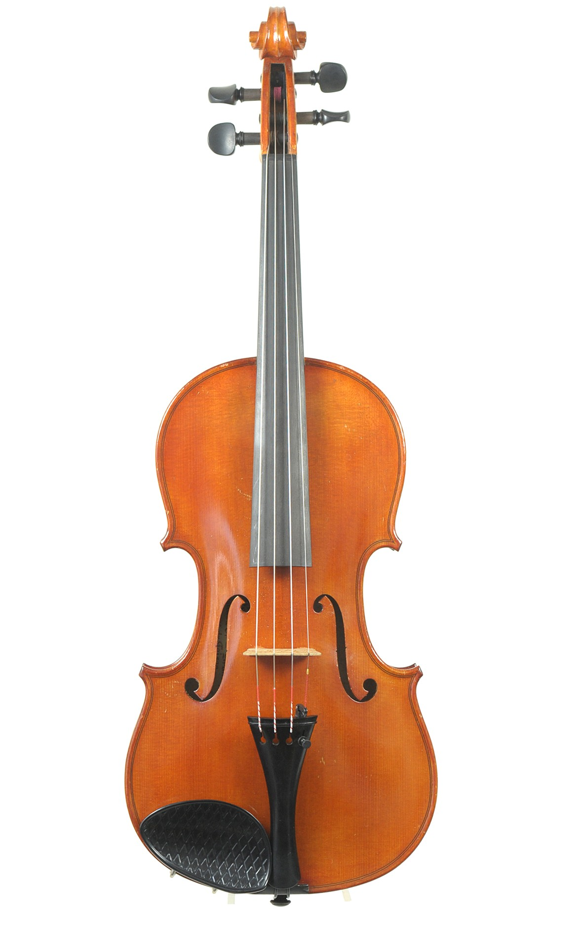French violin from the workshop of Paul Didier in Metz, 1968: two piece table made of spruce covered with orange-brown spirit-oil varnish.