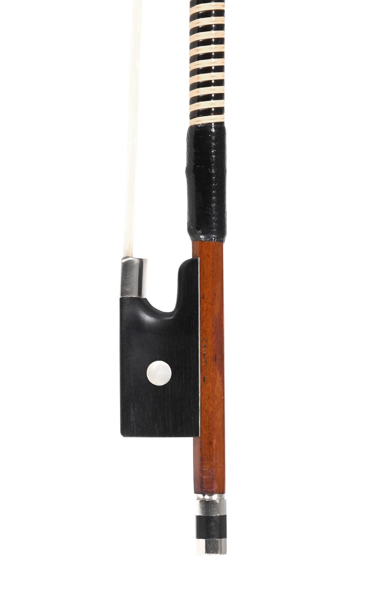 Lighteight German violin bow - Markneukirchen, 1950's