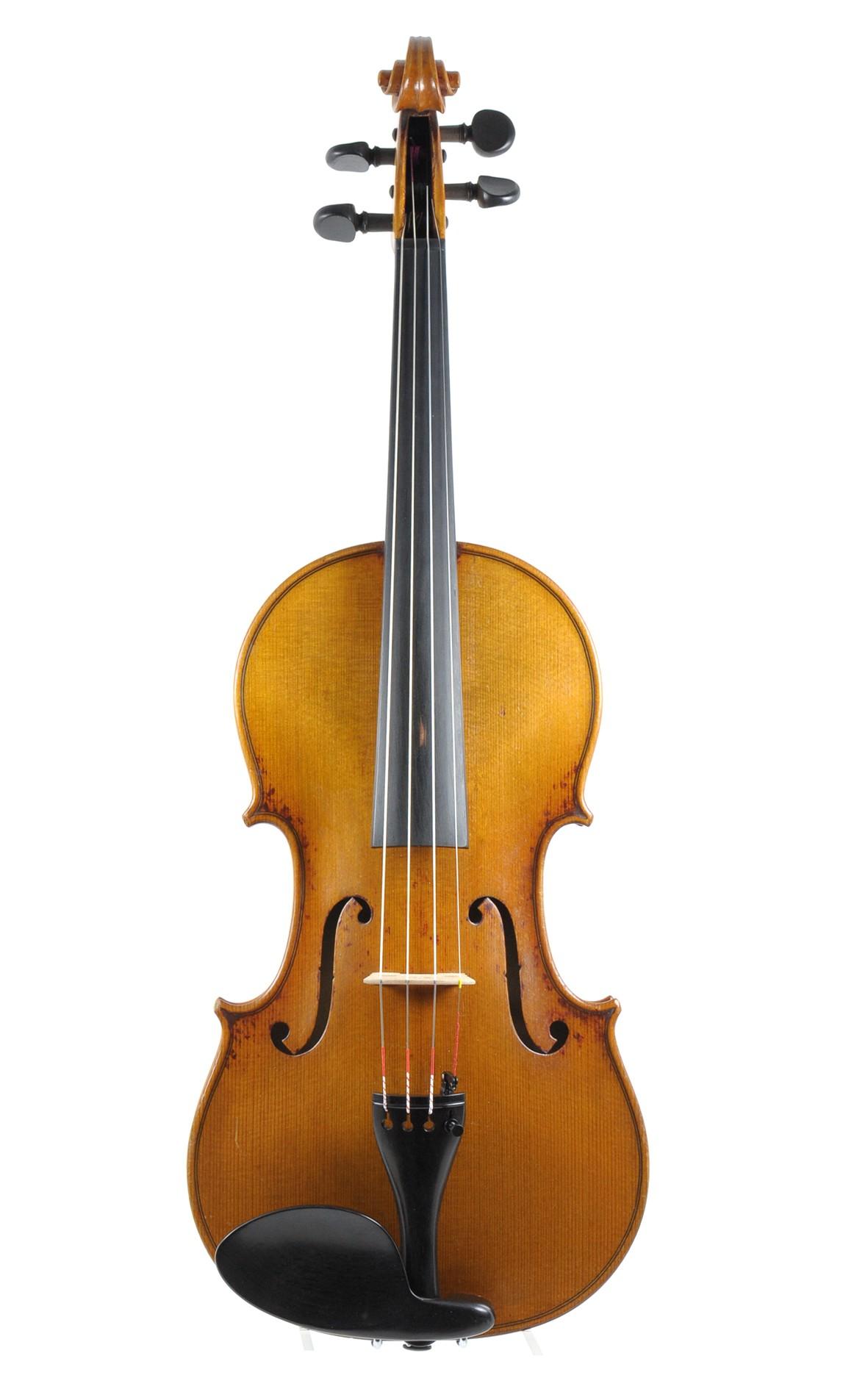 Max Richard Herold master violin, approx. 1930 - front view