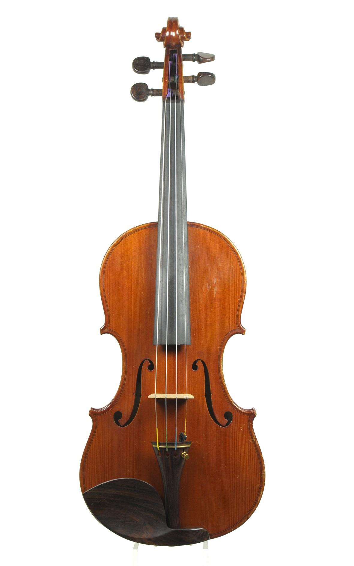 French master violin, Jean Striebig violin No 597 Mirecourt - table