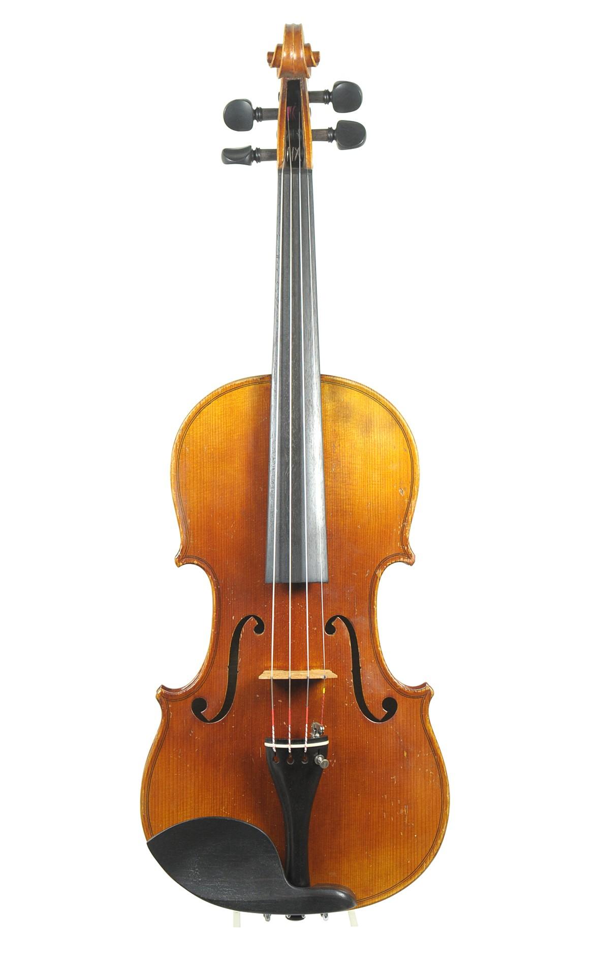 Mittenwald violin, sold by Eugen Gärtner Stuttgart - spruce top