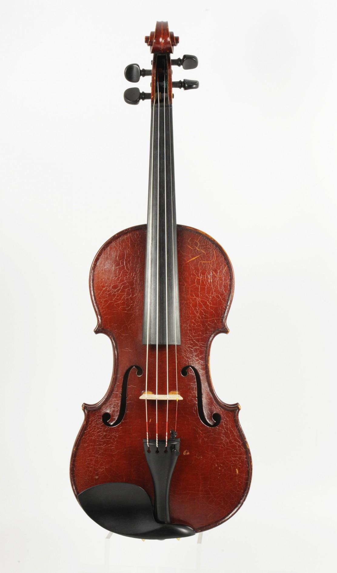 Rare old English violin, Ch. Heinrich - top