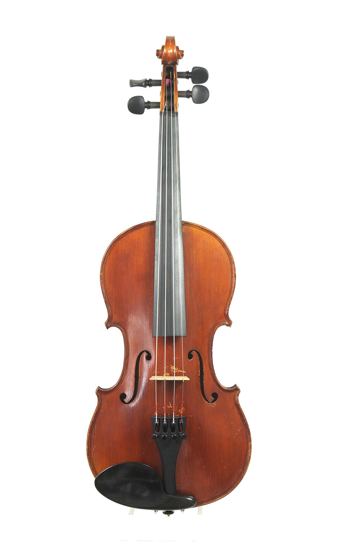 antique quarter-sized Mittenwald violin, Lager Eugen Gärtner - spruce top