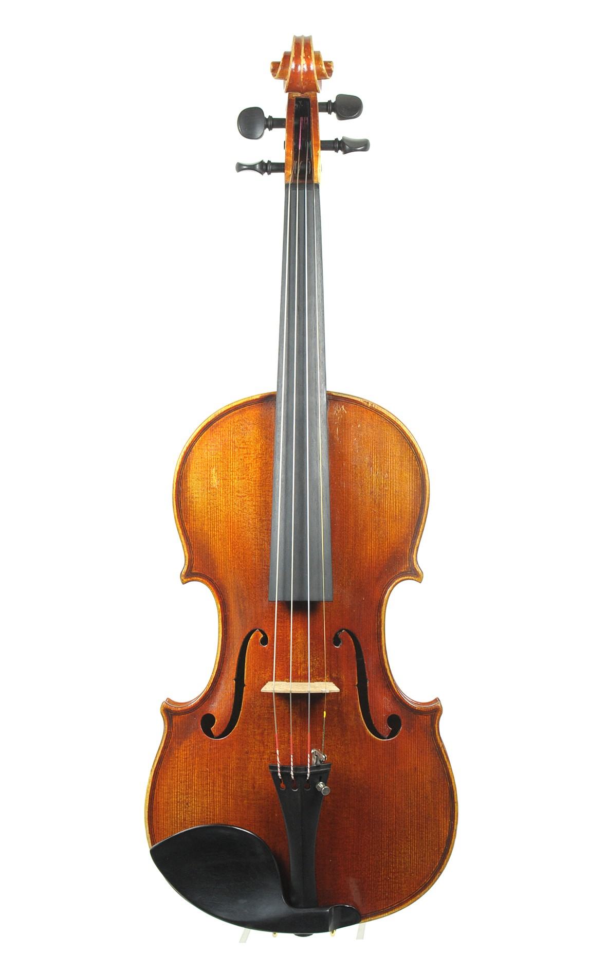 Master violin from Bubenreuth made by Bernd Dimbarth, violin maker. Spruce table