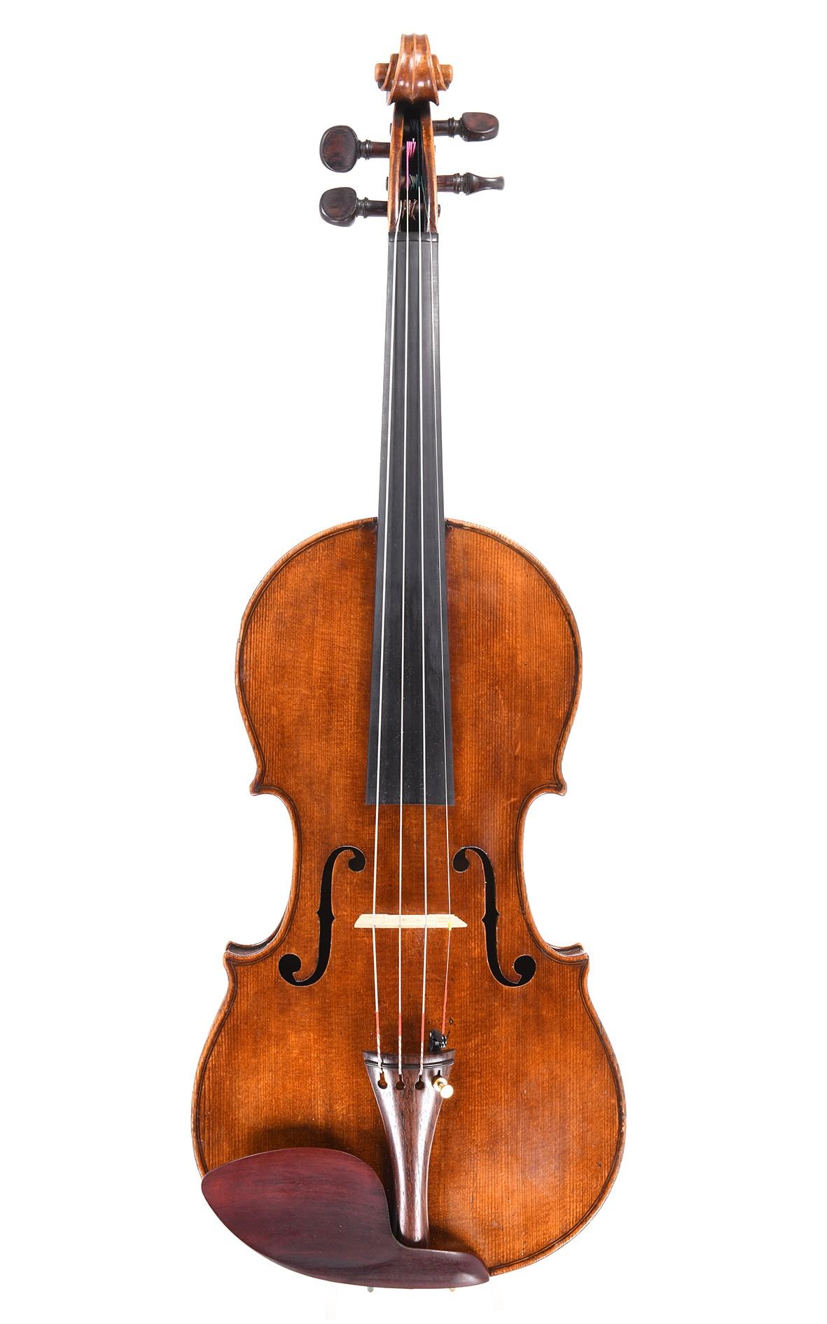 Antike Französische Geige, Moitessier a Paris