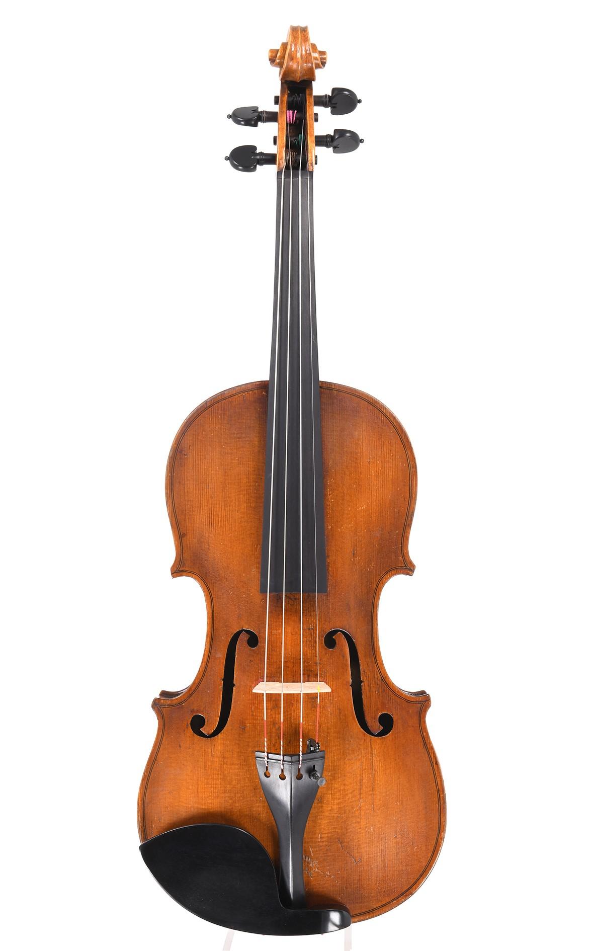 Antike schottische Geige, gebaut in Edinburgh 1890 von J. Millar