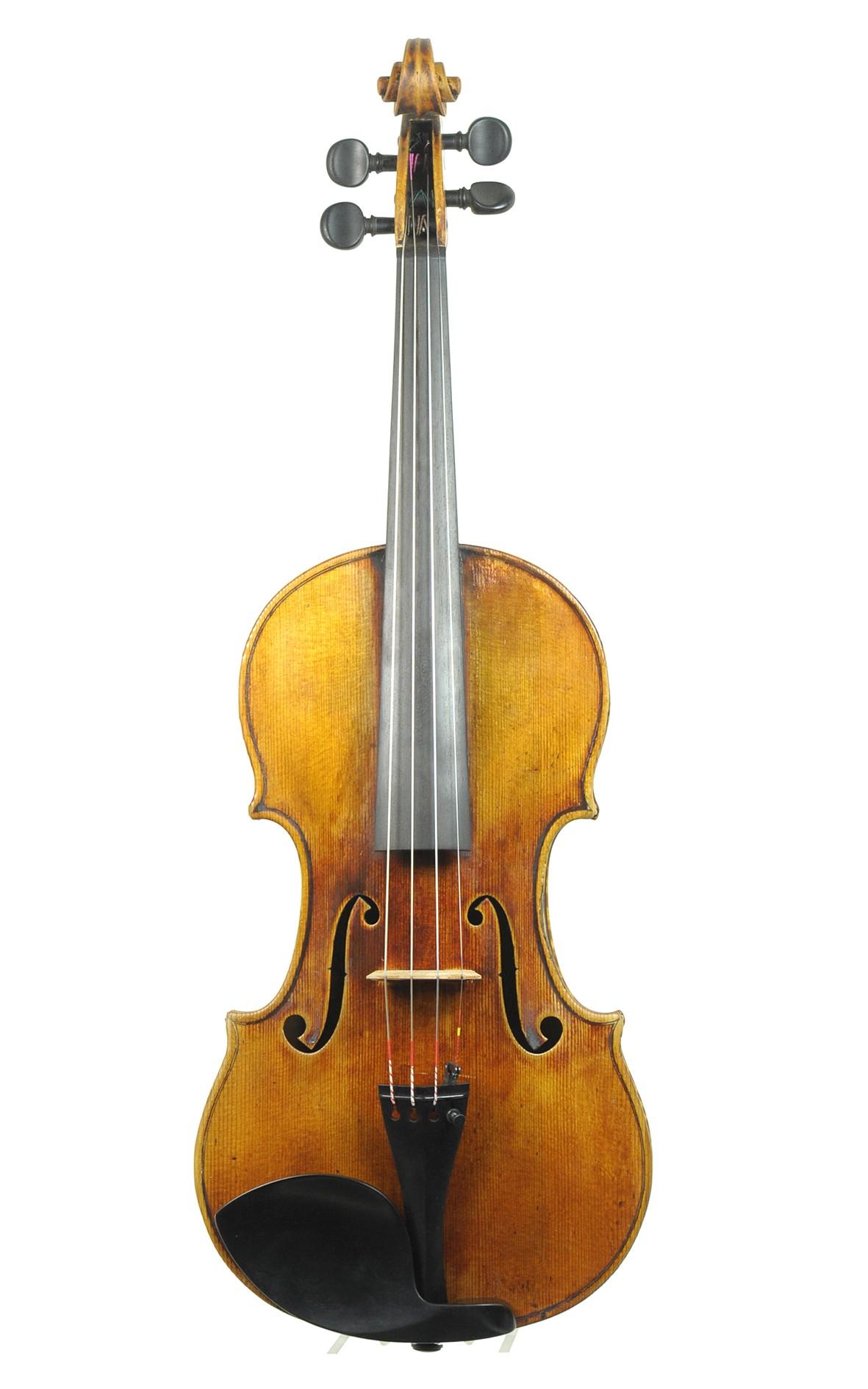 Violin by Max König, Munich - spruce top