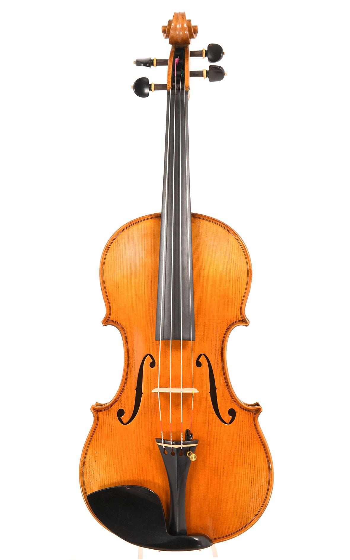 """""""CV Selectio"""" violin Opus 15 no. 5: a powerful violin after Guarnerius"""
