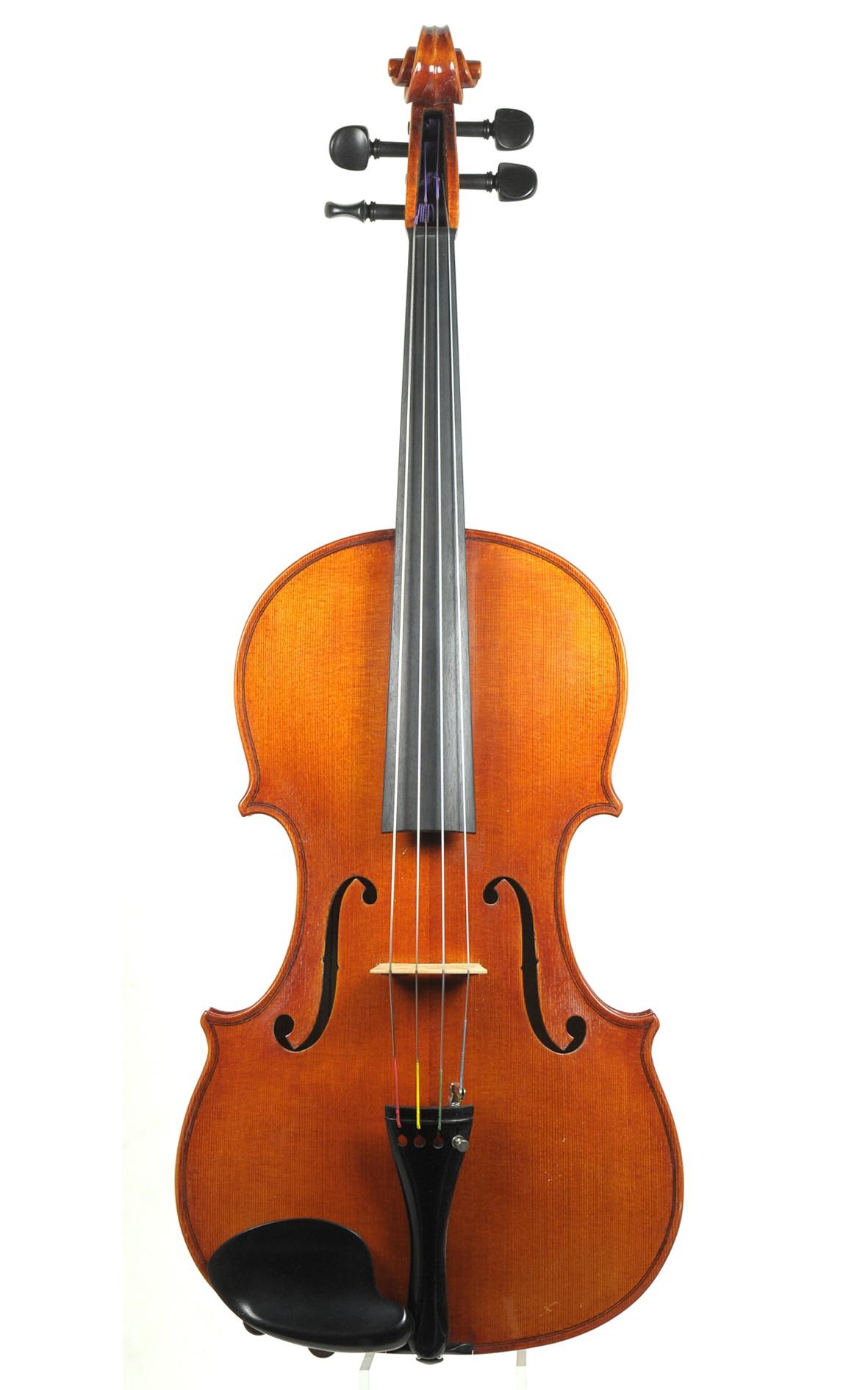 Master viola by Jochen Voigt, 1982