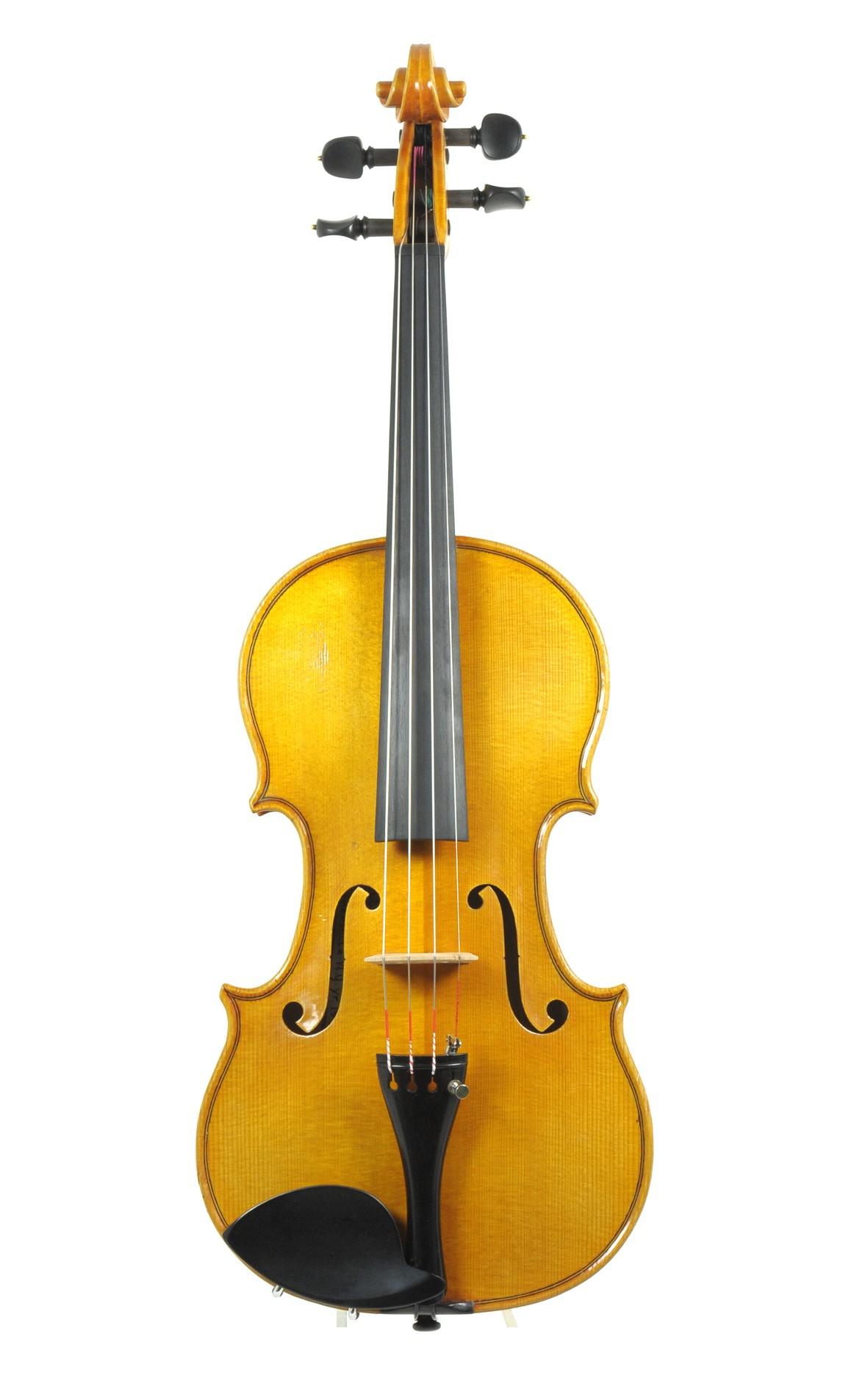 New York violin maker Peter Eibert