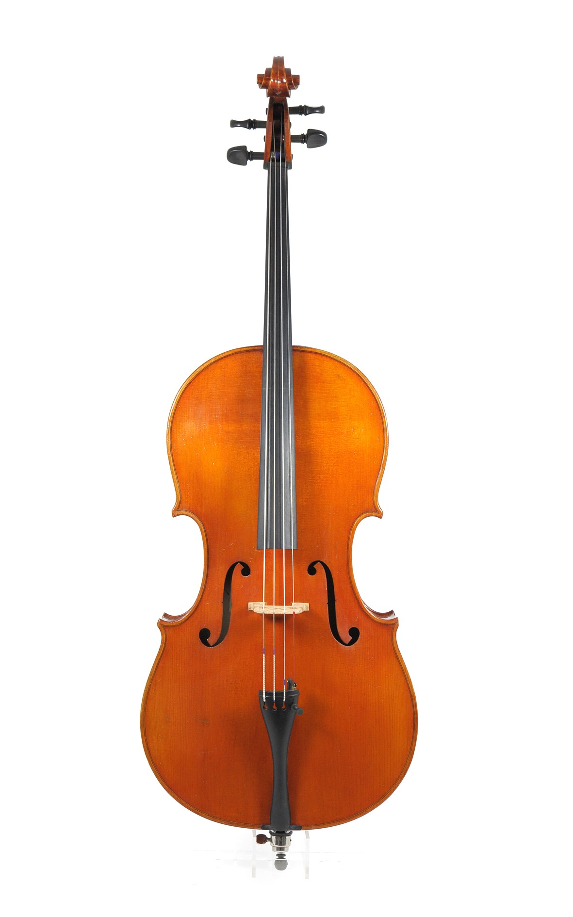 Wilfried Leonhardt, Mittenwald - 3/4 sized cello, ca. 1970 - table